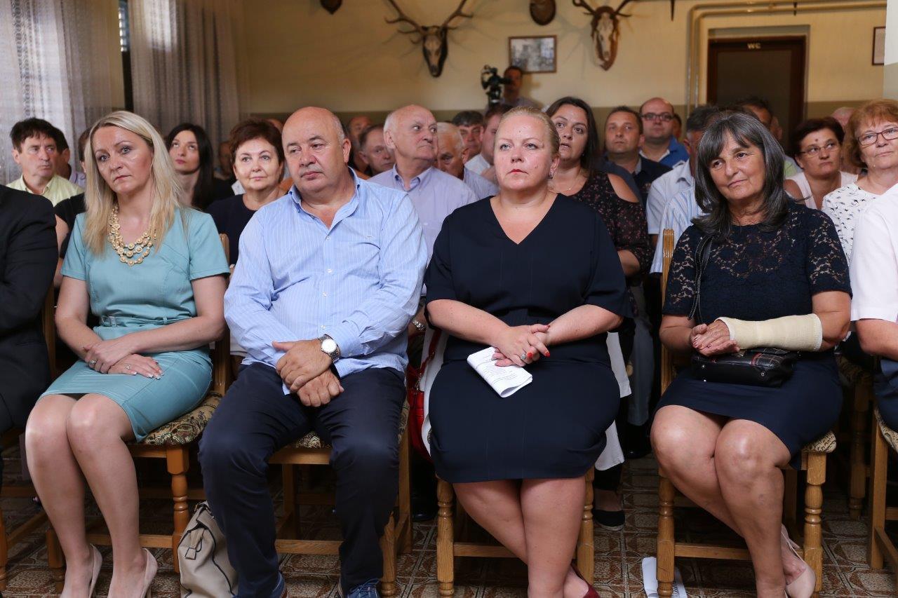 LokalnaHrvatska.hr Zagrebačka županija Dubravica proslavila Dan opcine