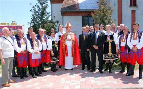http://www.zagrebacka-zupanija.hr/static/images/misc/vijesti/2014/06/duh1.jpg